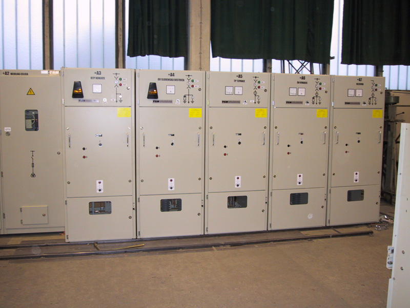 Medium voltage cubicals